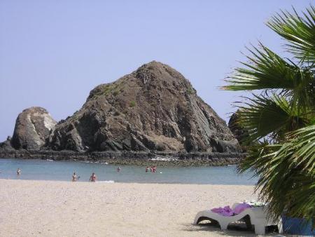 1393656-snoopy_island_in_fujairah-fujairah.jpg