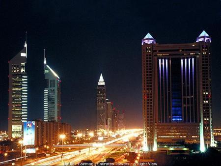 dubai-fairmont-emirates_towers_v_noci.jpg