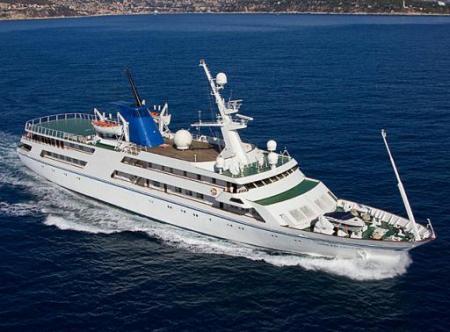 el-yate-de-saddam-husein-hara-cruceros-entre-irak-y-emiratos-arabes.jpg